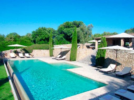 villas in mallorca with private pool
