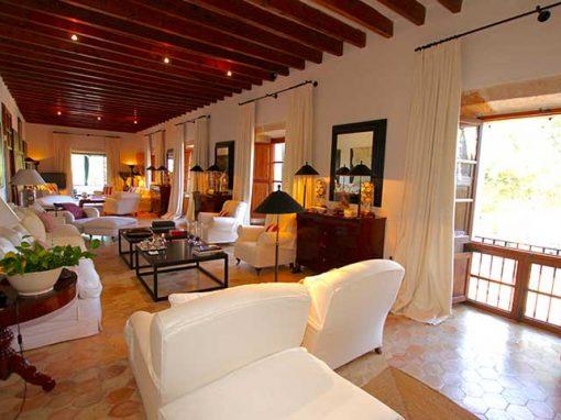 living room villa rent