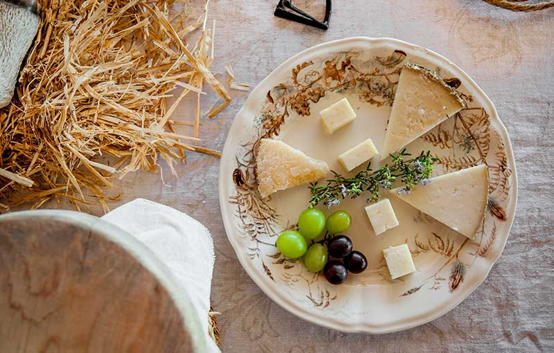Cheese-Tasting luxury  holidays
